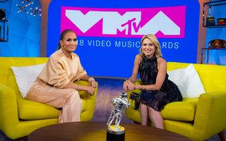 Jennifer Lopez on TRL