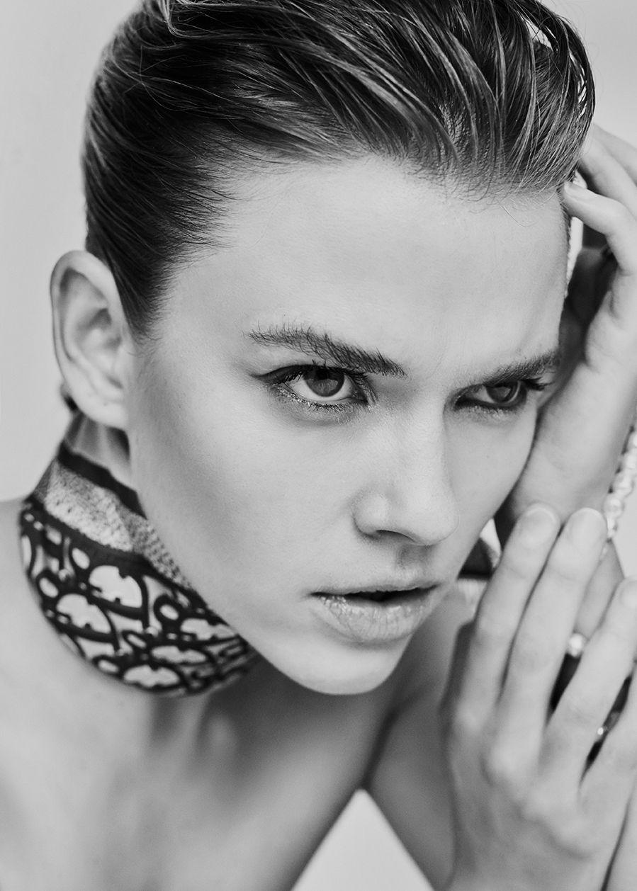 Grazia - Victoria Lee
