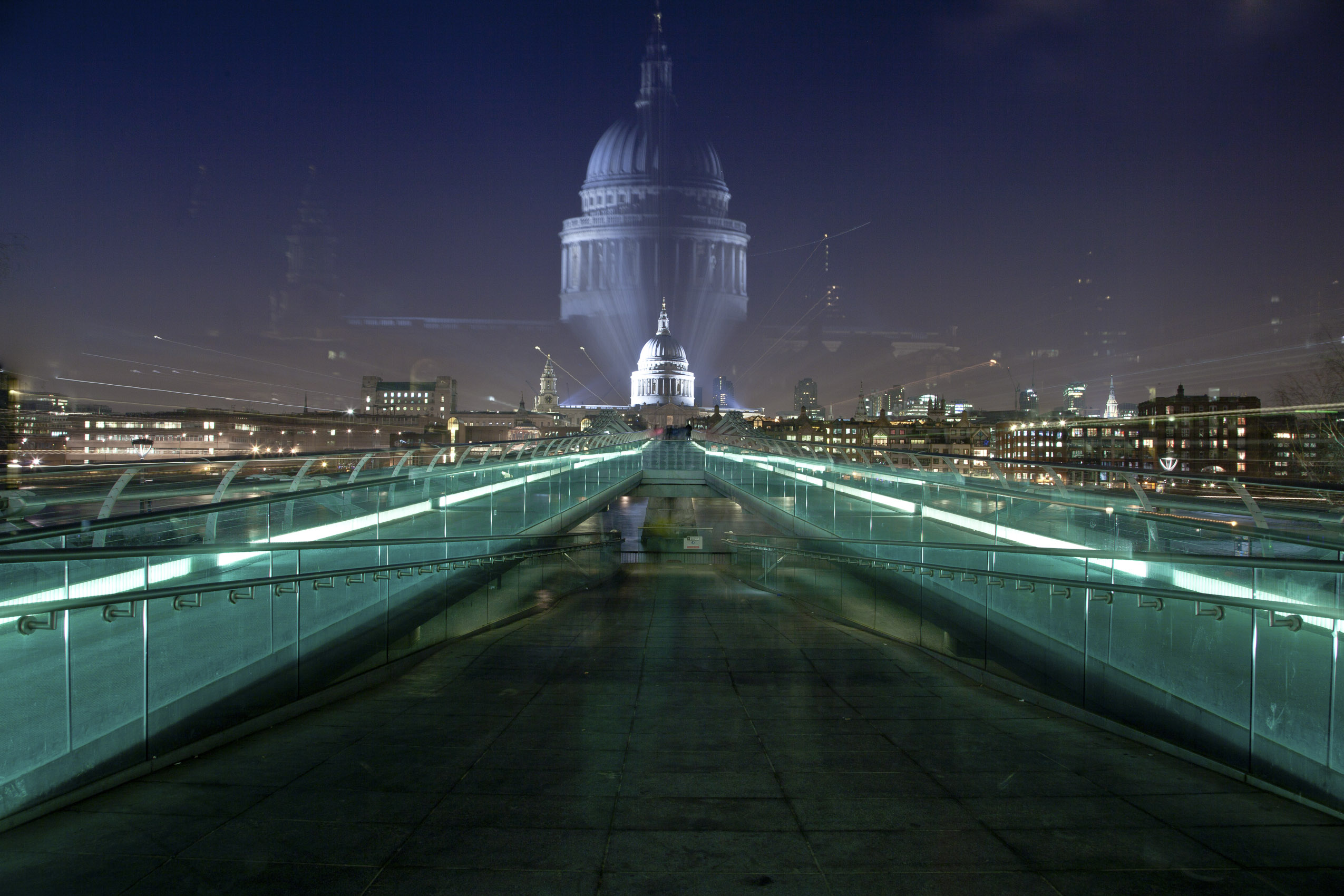 London_st_pauls_cathedral_abstract_millenium_bridge.jpg