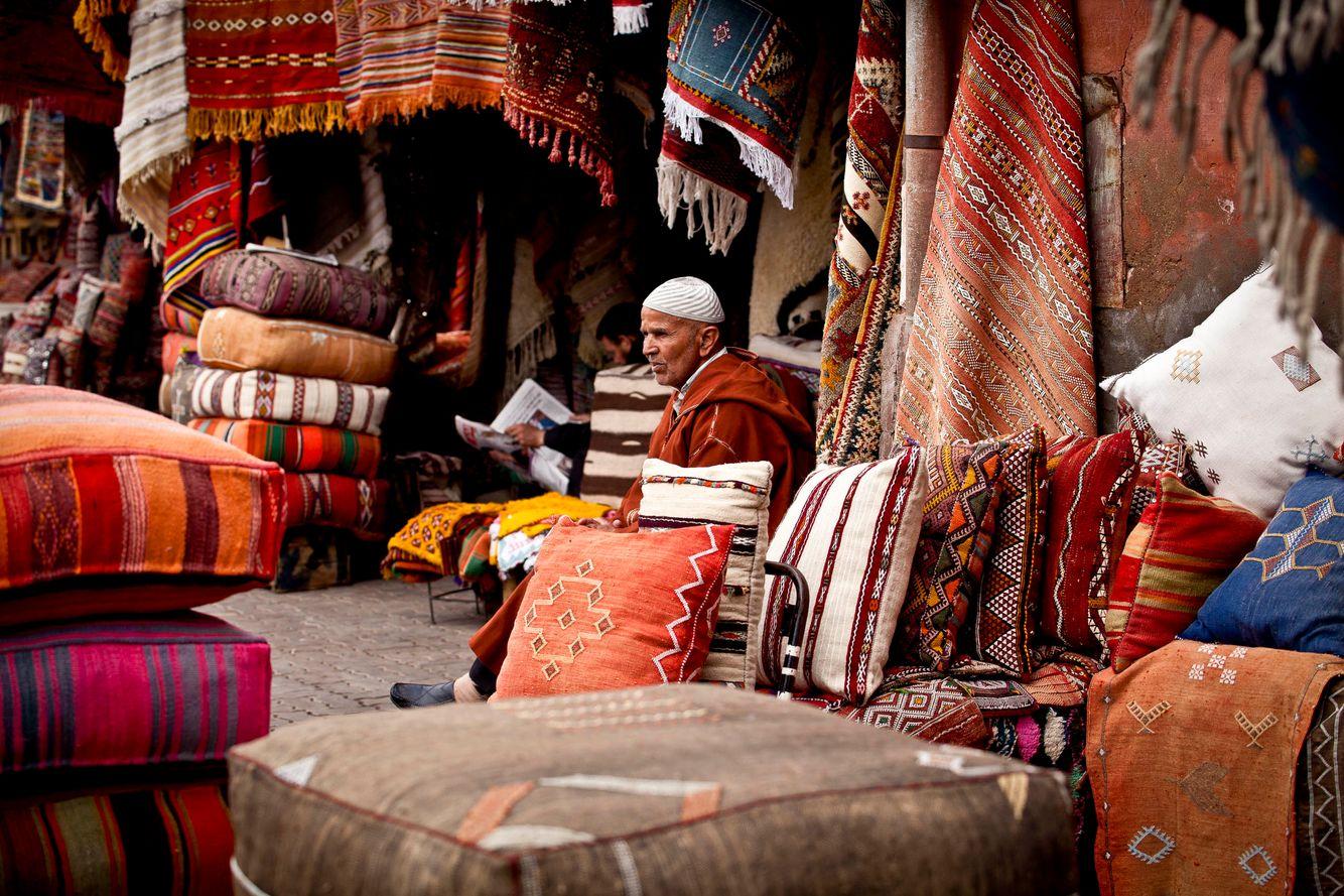 morocco_marrakech_souk_souq_fabrics_cushions.jpg