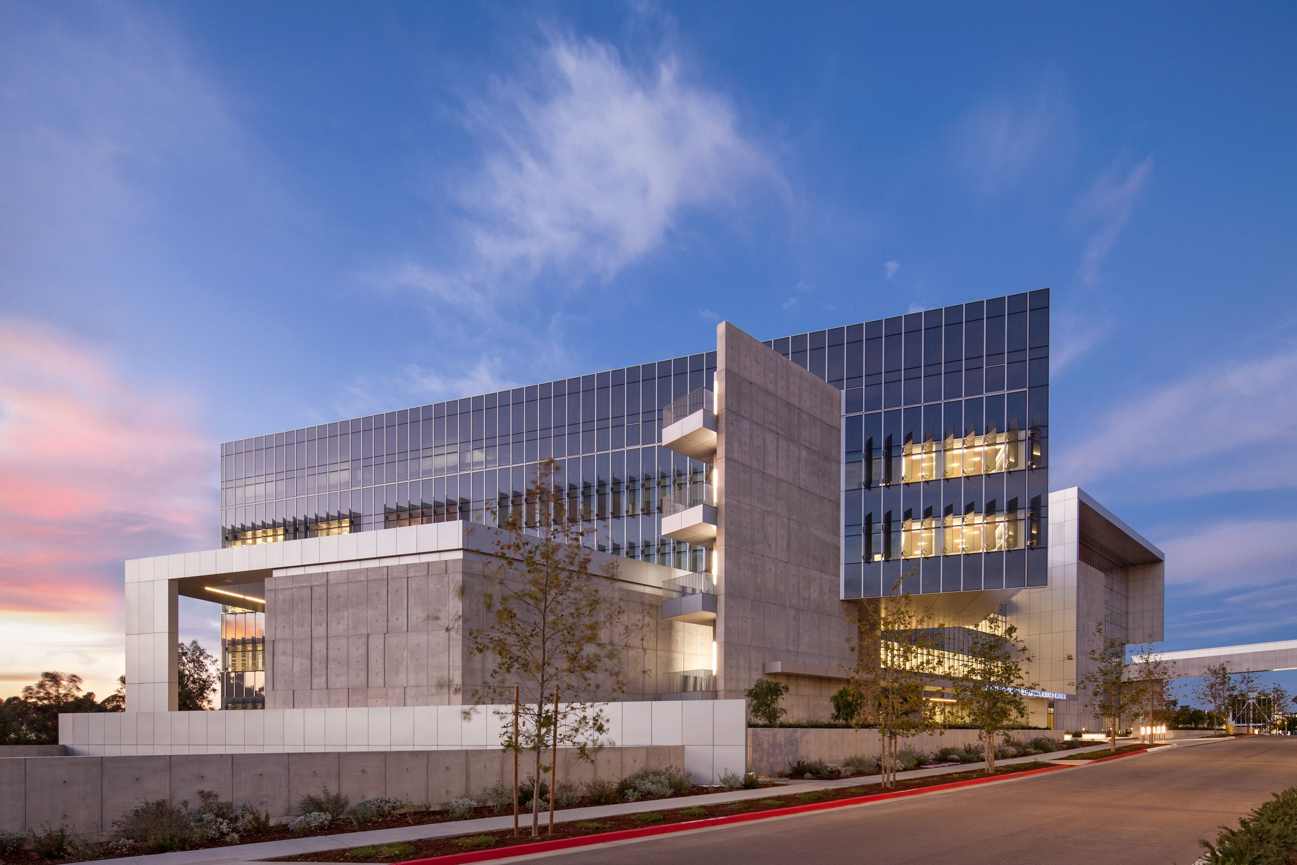 UCSD  Altman Center for Transitional Research
