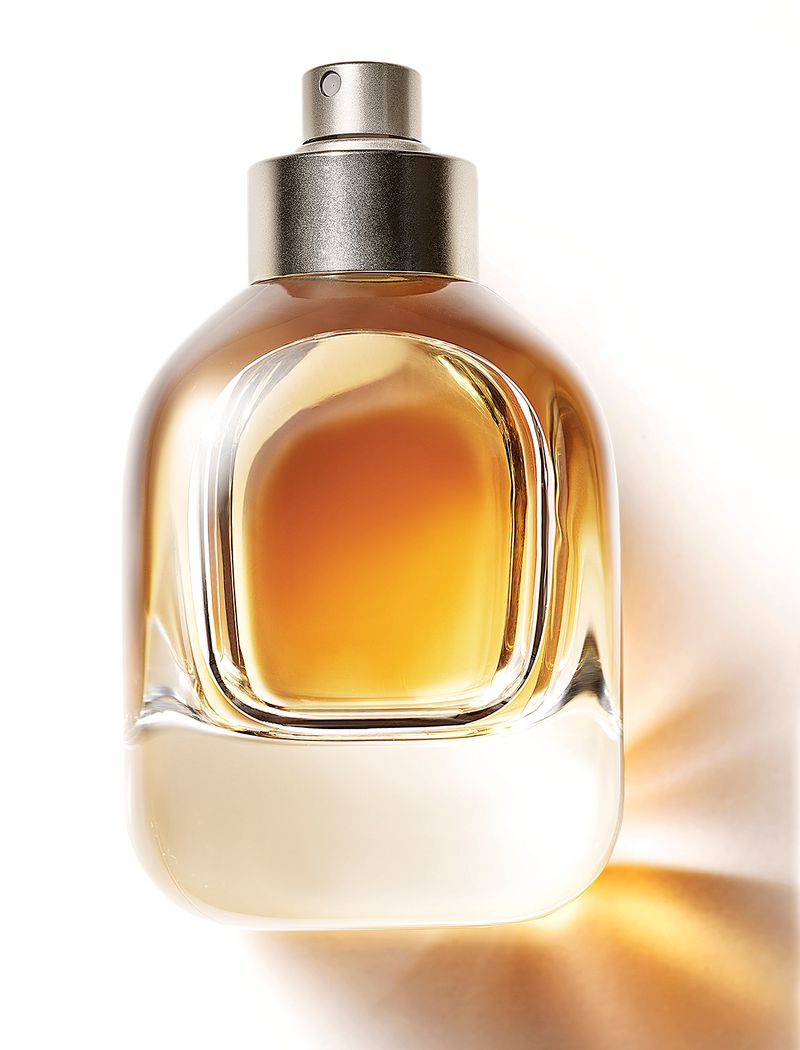 fragrance_july19_01_4x6.jpg