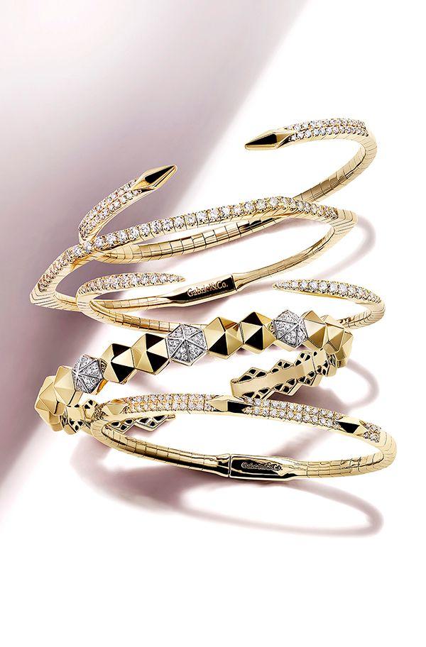 Demure_Bracelets_001d.jpg