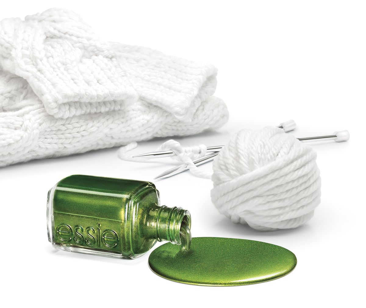 FALL_SWEATER_19_BOTTLE_890_crop_V1_R3_5x6.jpg