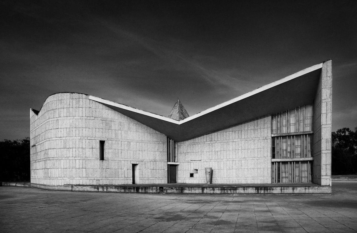 Le Corbusier's Chandigarh - Ghandi Bhawan, Punjab University