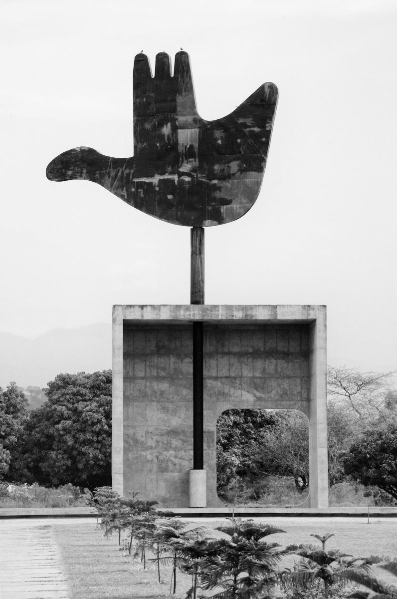 Le Corbusier's Chandigarh - Open Hand