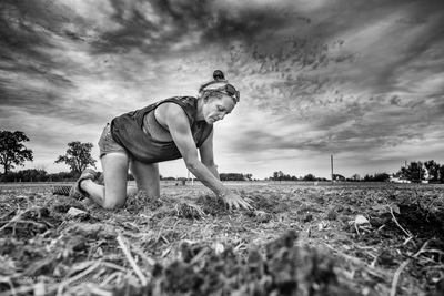 WoodFarmsProducePlanting2017-234-Edit.jpg