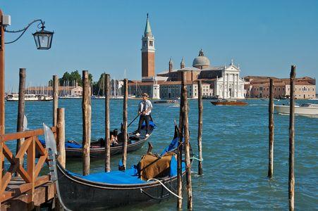 Gondolier • Venice, Italy