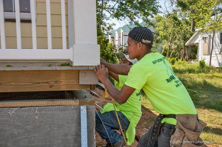 Katrina construction (6).jpg