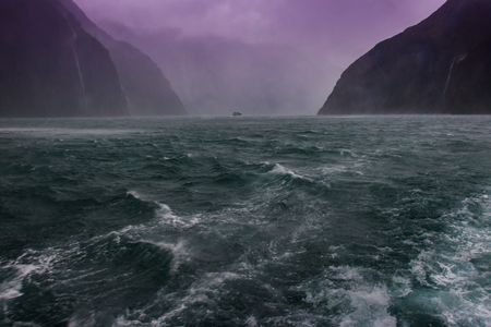 Roil • Milford Sound  •  Fjordland  •  New Zealand