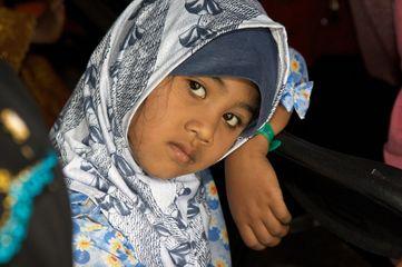 1burmese_refugee_girl.jpg
