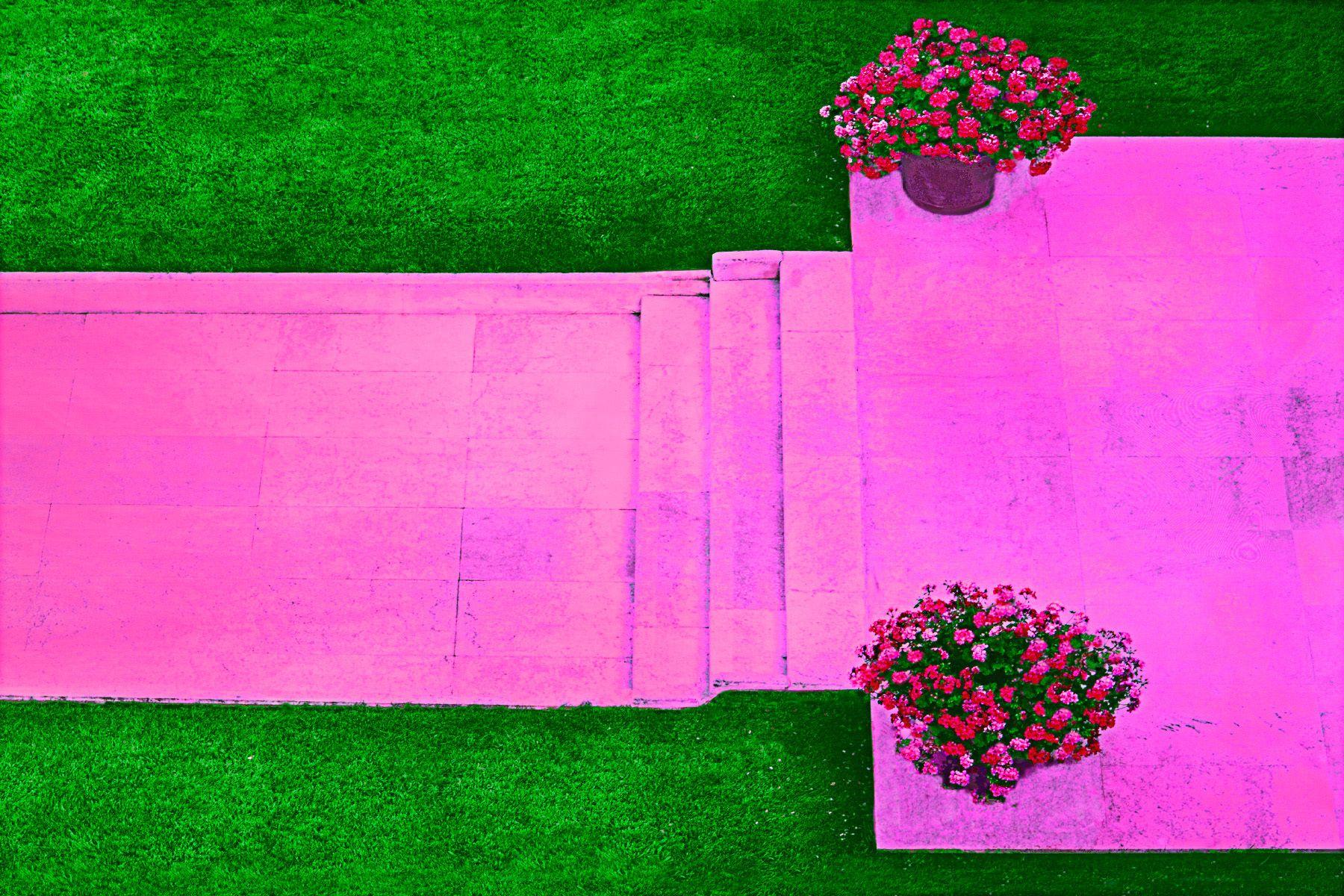 8_0_159_1l_gottlieb_garden_path.jpg