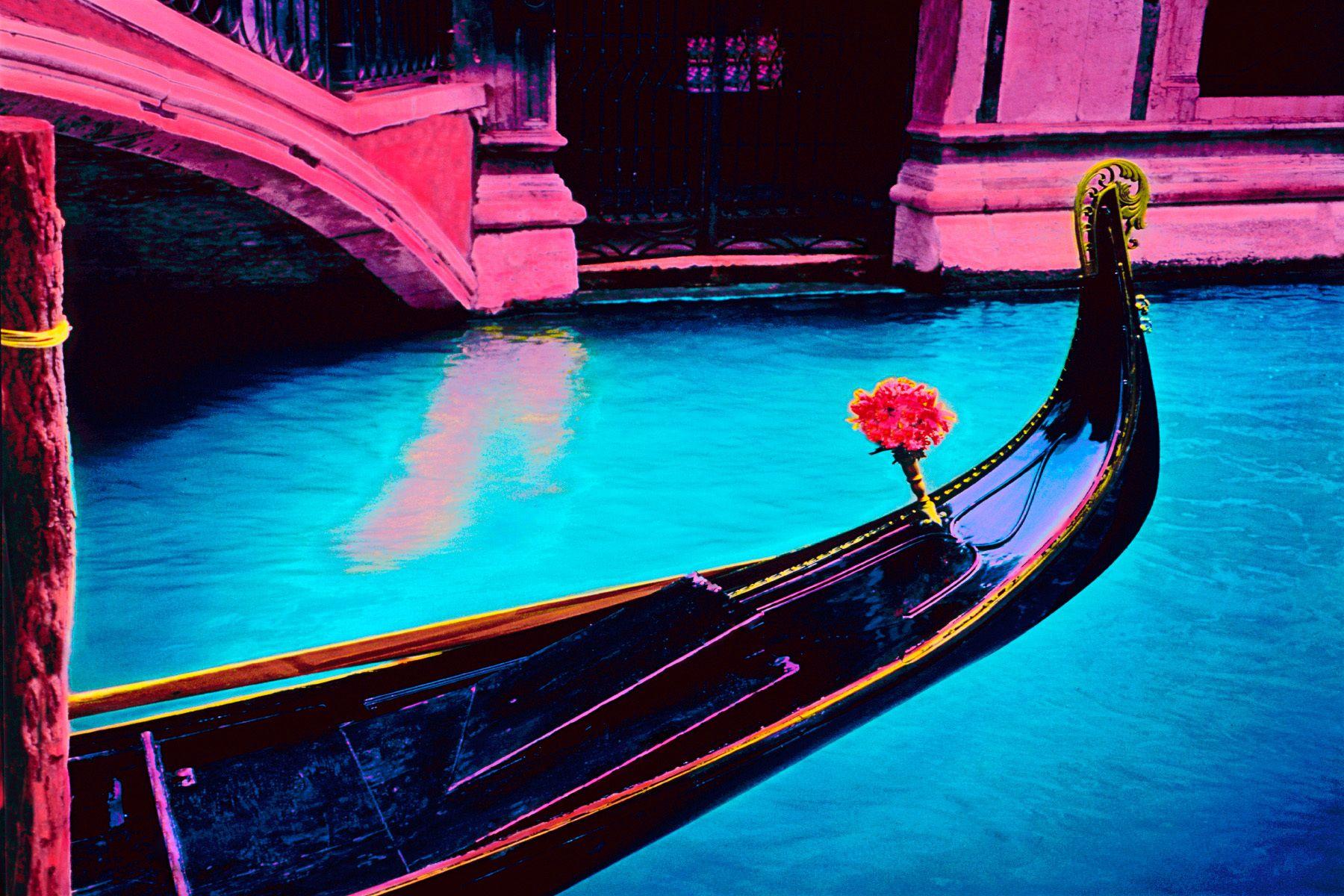16_0_135_1i_janegottlieb_venice_gondola.jpg