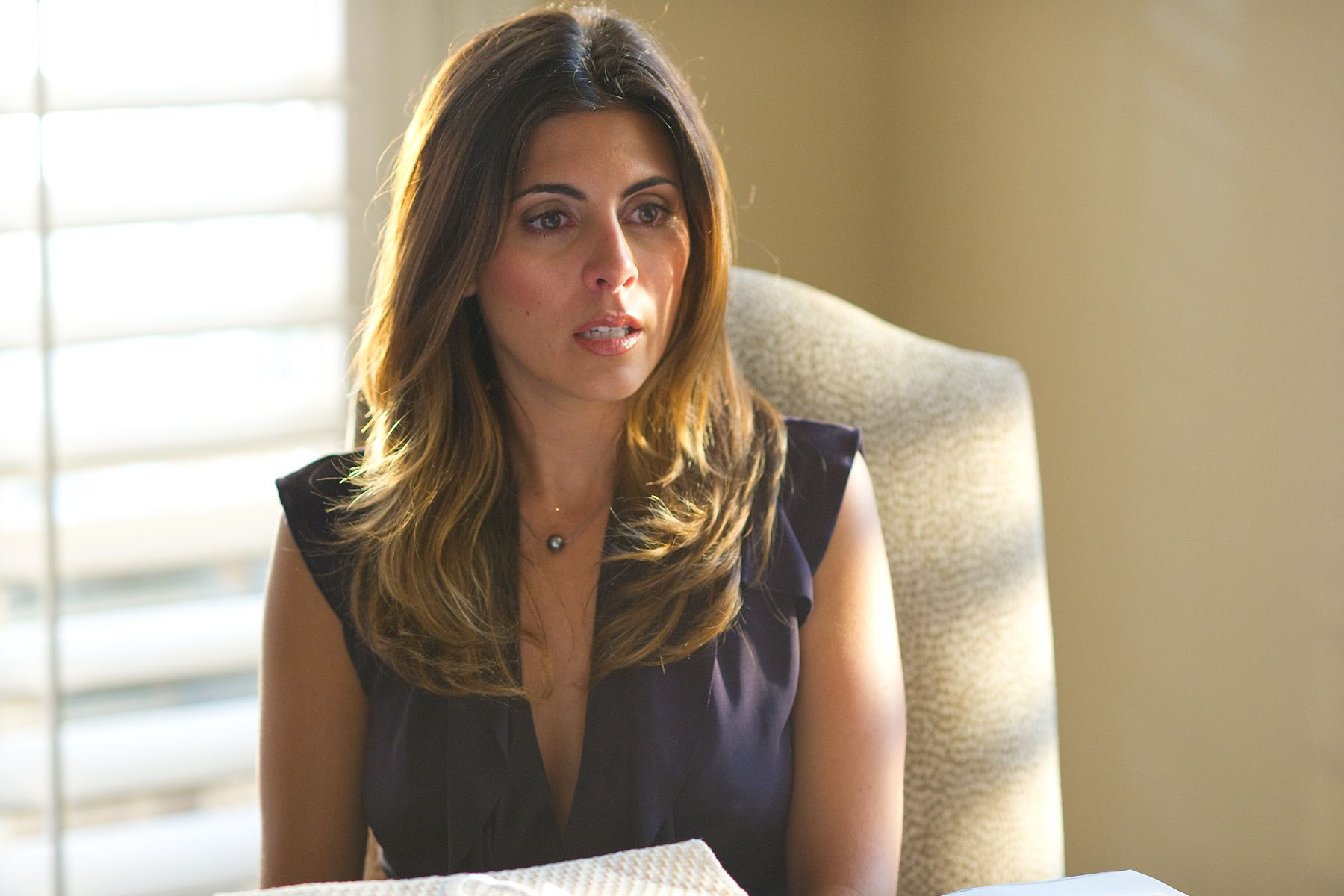 Jamie Lynn Sigler on the set of Jewtopia.