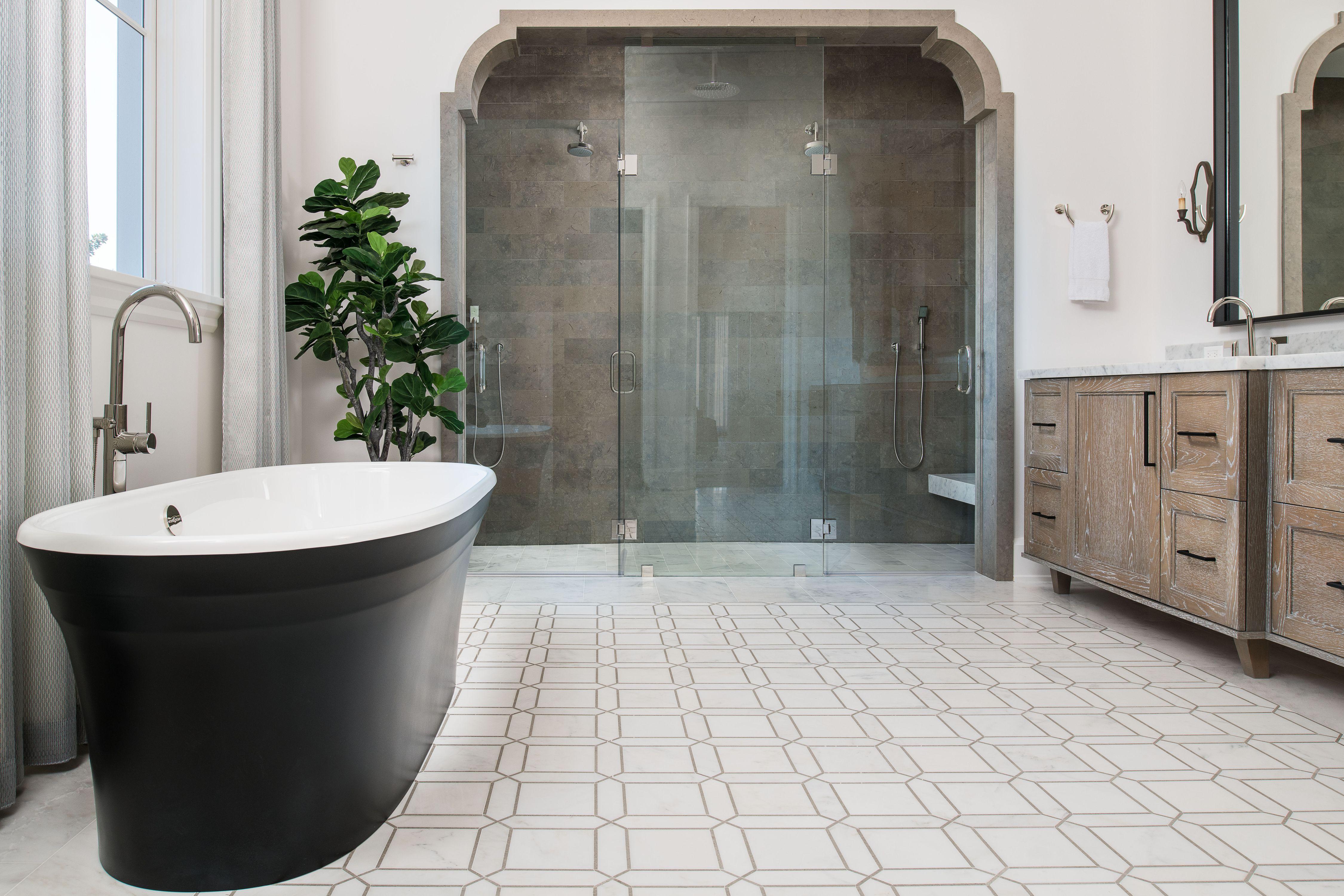 Lot 6 Master Bath.jpg