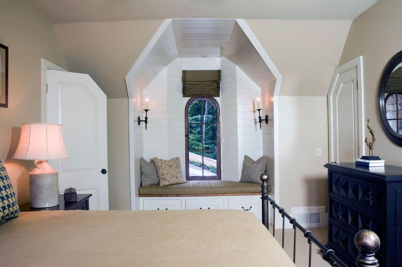 d 13 guest room nich and door edges.jpg
