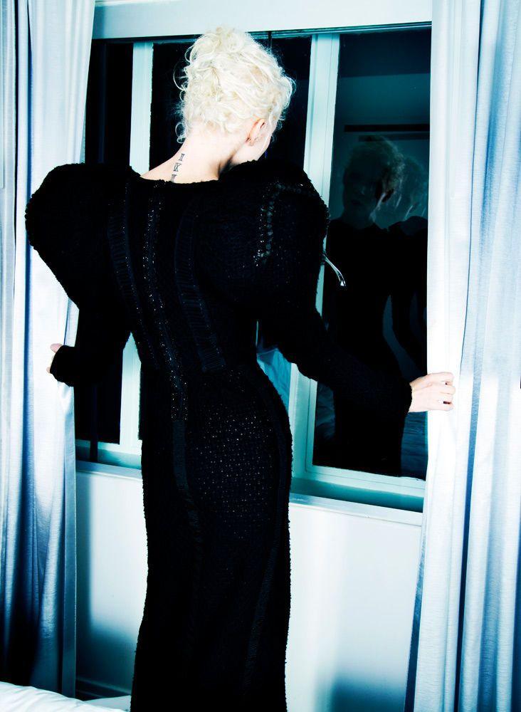 10_0_1marisa_pike_fashion_photographer_merlin_castell.jpg