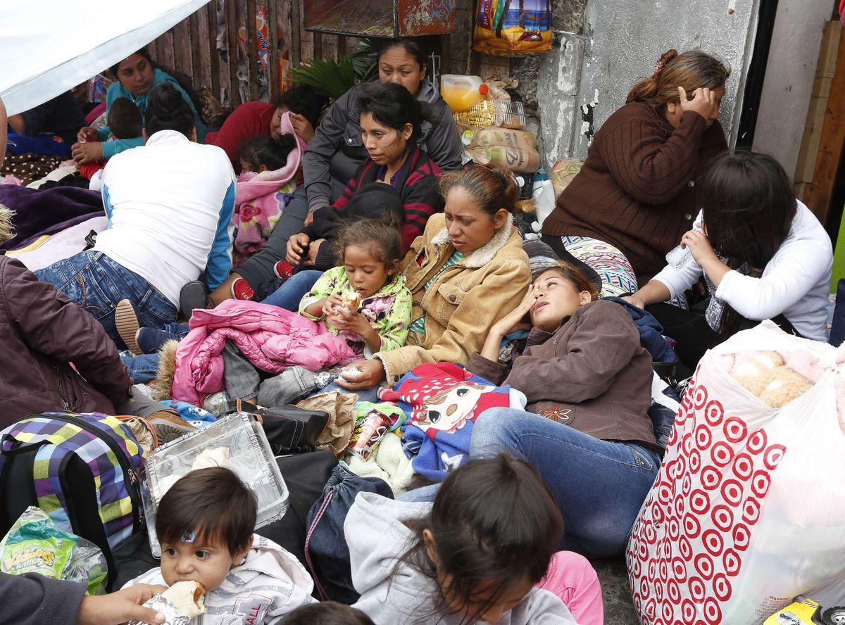 061116_3_mexicanos-asilo.jpg
