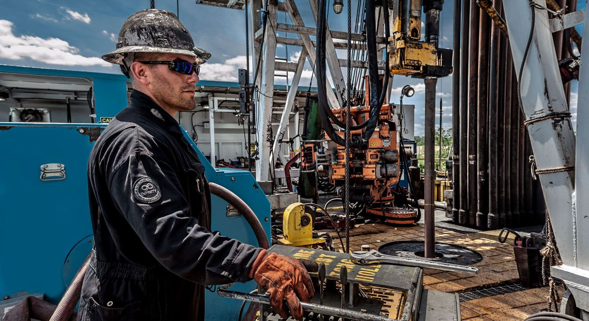 19_1derrick_oil_roughneck_photography.jpg
