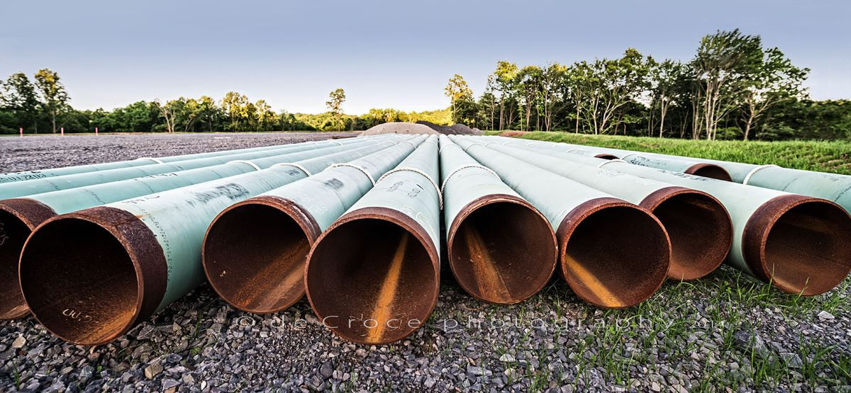 45_1gas_pipe_energy_photography.jpg