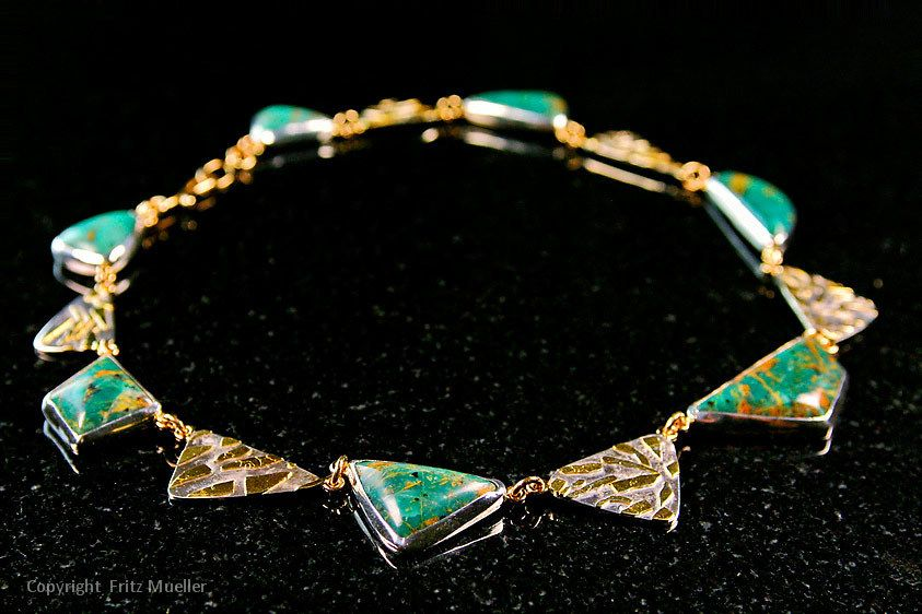 Gold and gemstone necklace designed by Ashley & Rivest Goldsmiths, Whitehorse, Yukon
