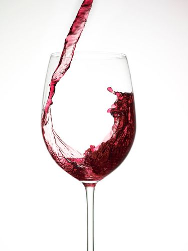 1pkf12_fn_wine_pour_red_e.jpg