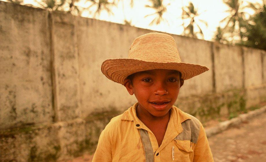 Young Boy W Straw Hat Pria Da Pipa Brazil