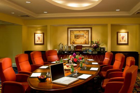 Hotels_Resorts_31.jpg