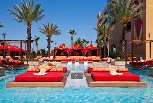 Hotels_Resorts_36.jpg