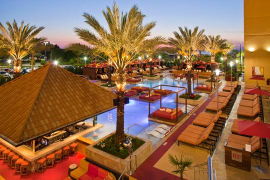 Hotels_Resorts_39.jpg