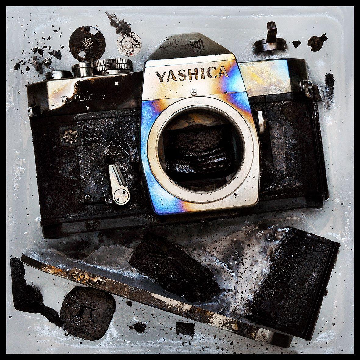 Blue Yashica DSC_8937 B.jpg