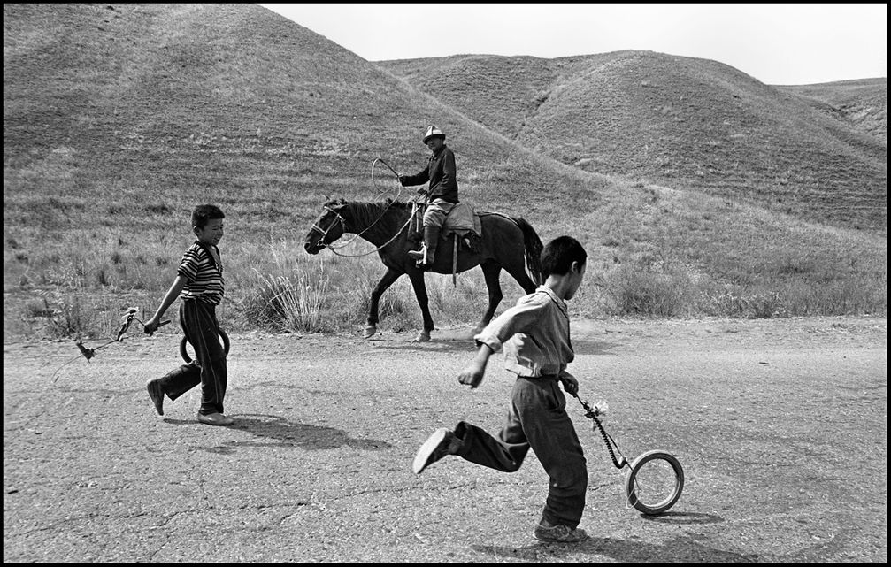1rolling_the_tires_road_to_aral_1995_p_k80_p13