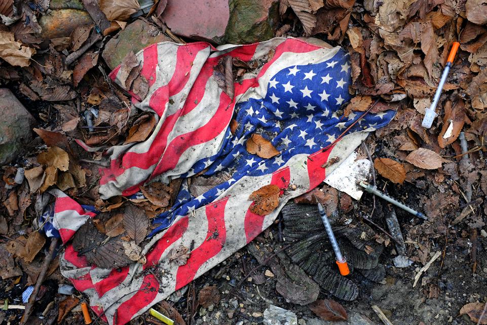 1_0_676_1the_flag_can_not_help_you_dscf3428.jpg