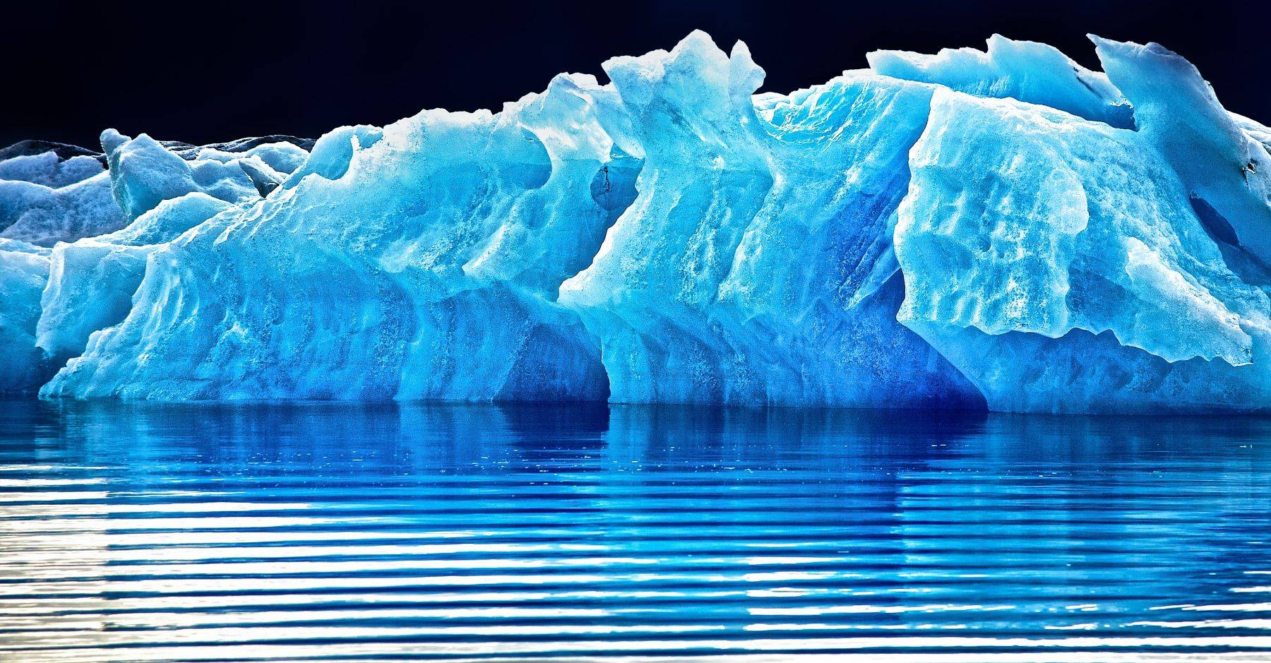 1_0_246_1iceland_rodanuri_com_floating_ice__6_.jpg