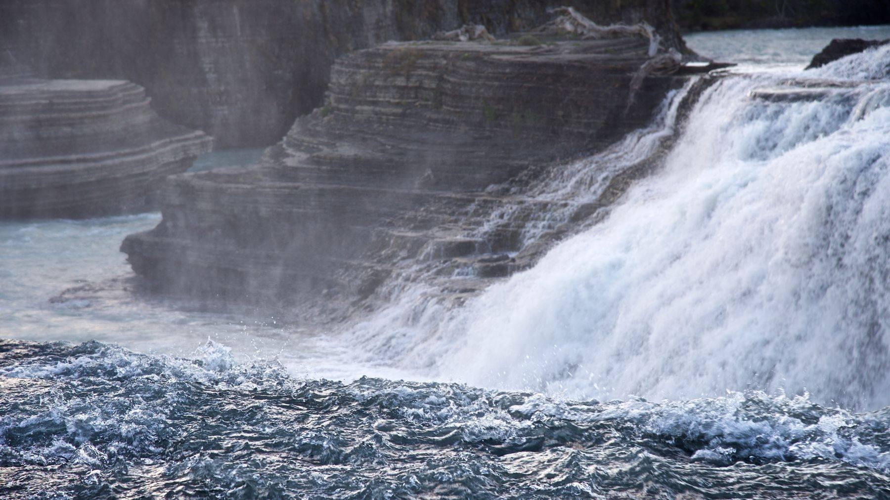 Cascada del Rio Paine, Torres del Paine, Patagonia Chile