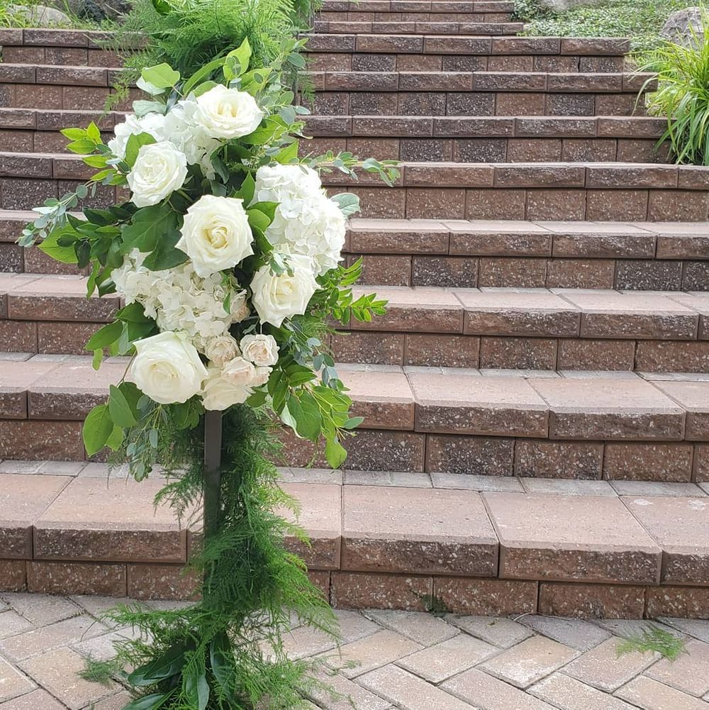 Walkway for Bride's Entrance, Twin Lakes