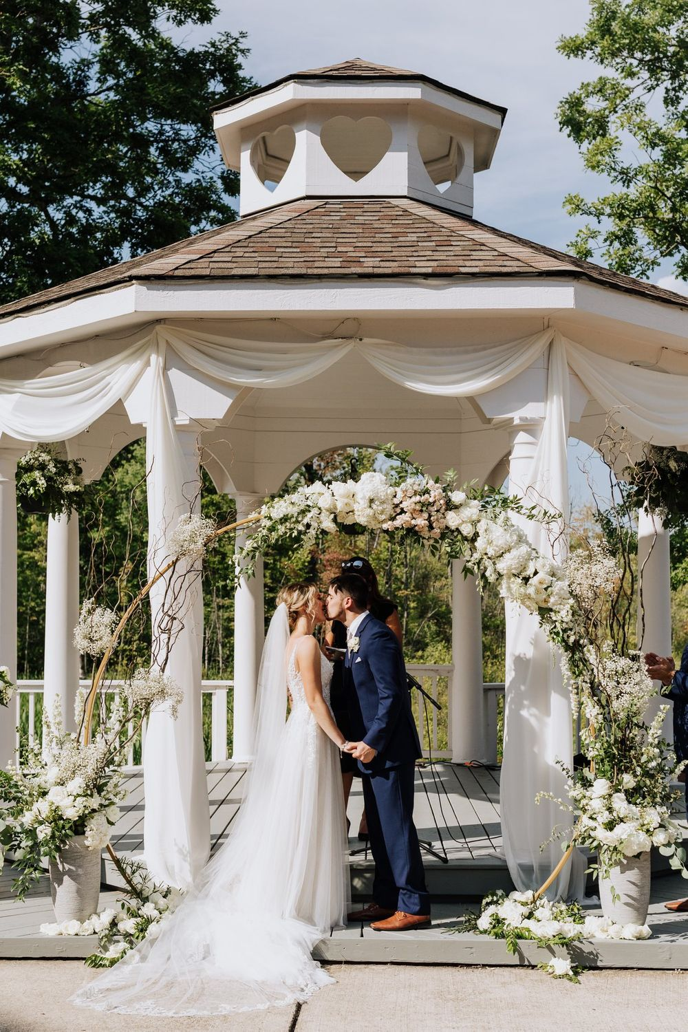 Ceremony Arch, Twin Lakes