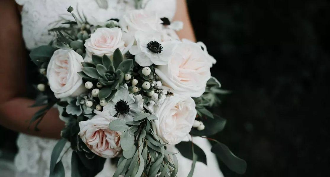 Rustic Bouquet at Ellis Barn