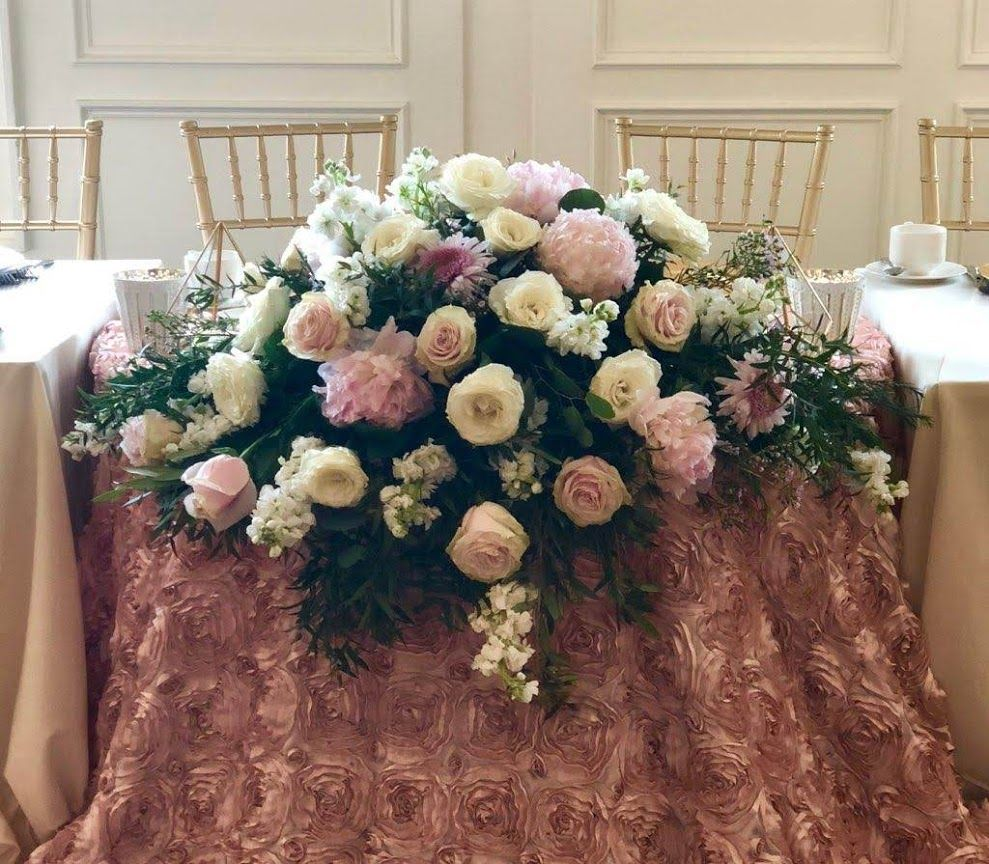 Bridal Party Table Flowers at Cherry Creek