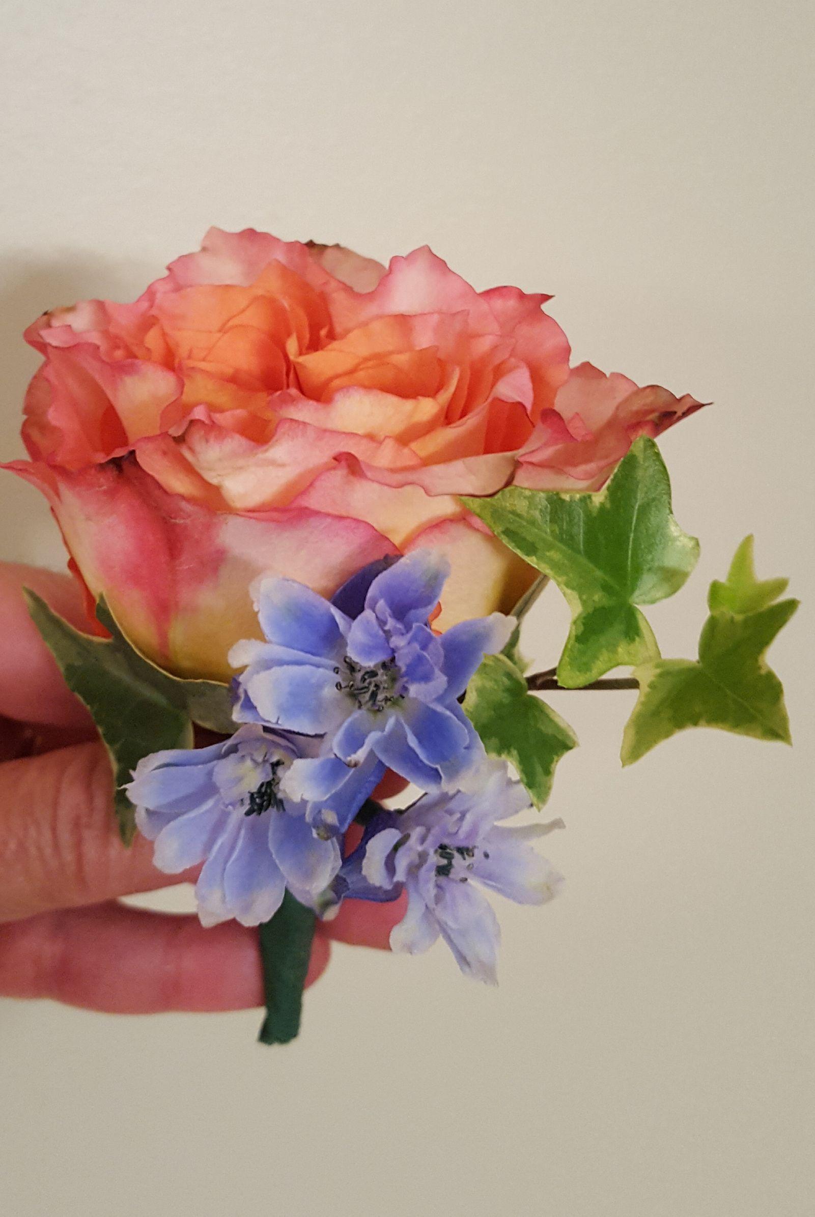 Garden Rose, Ivy and Delphinium