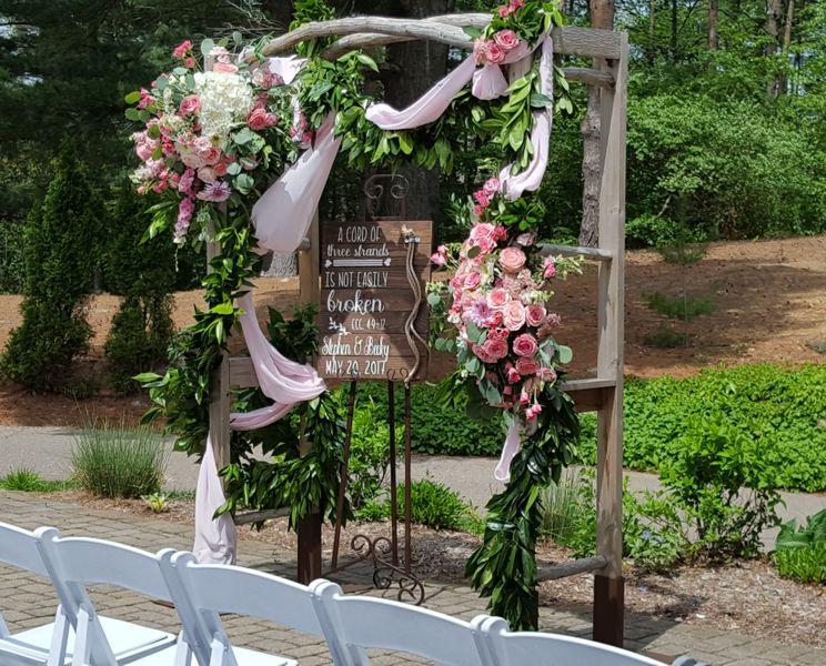 Wedding Arbor at Oakhurst