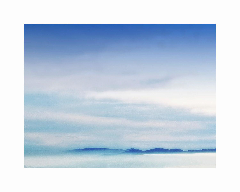 1mt_t_blue_skyline_16x20