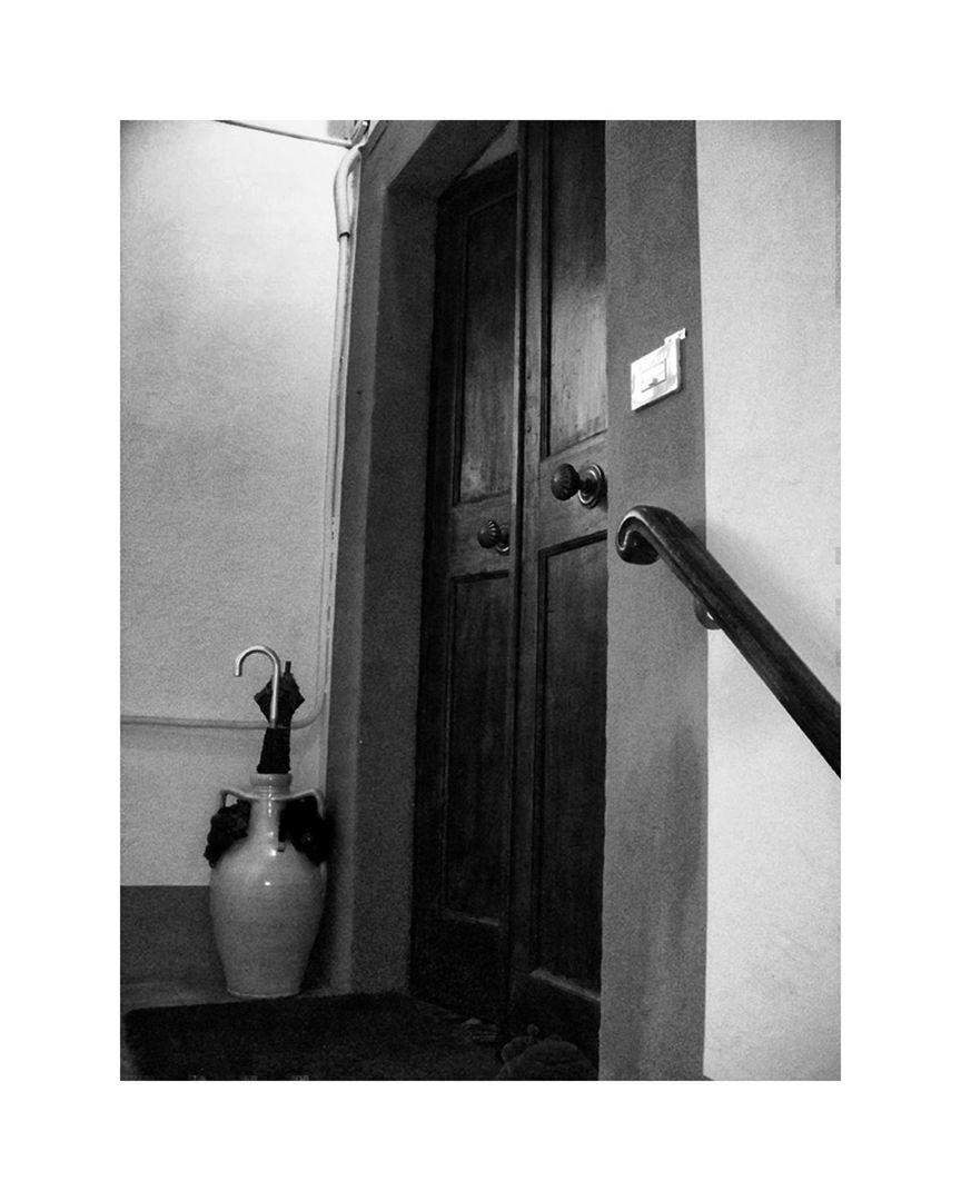 Lucca Residence_2422.12x15 b&w.jpg