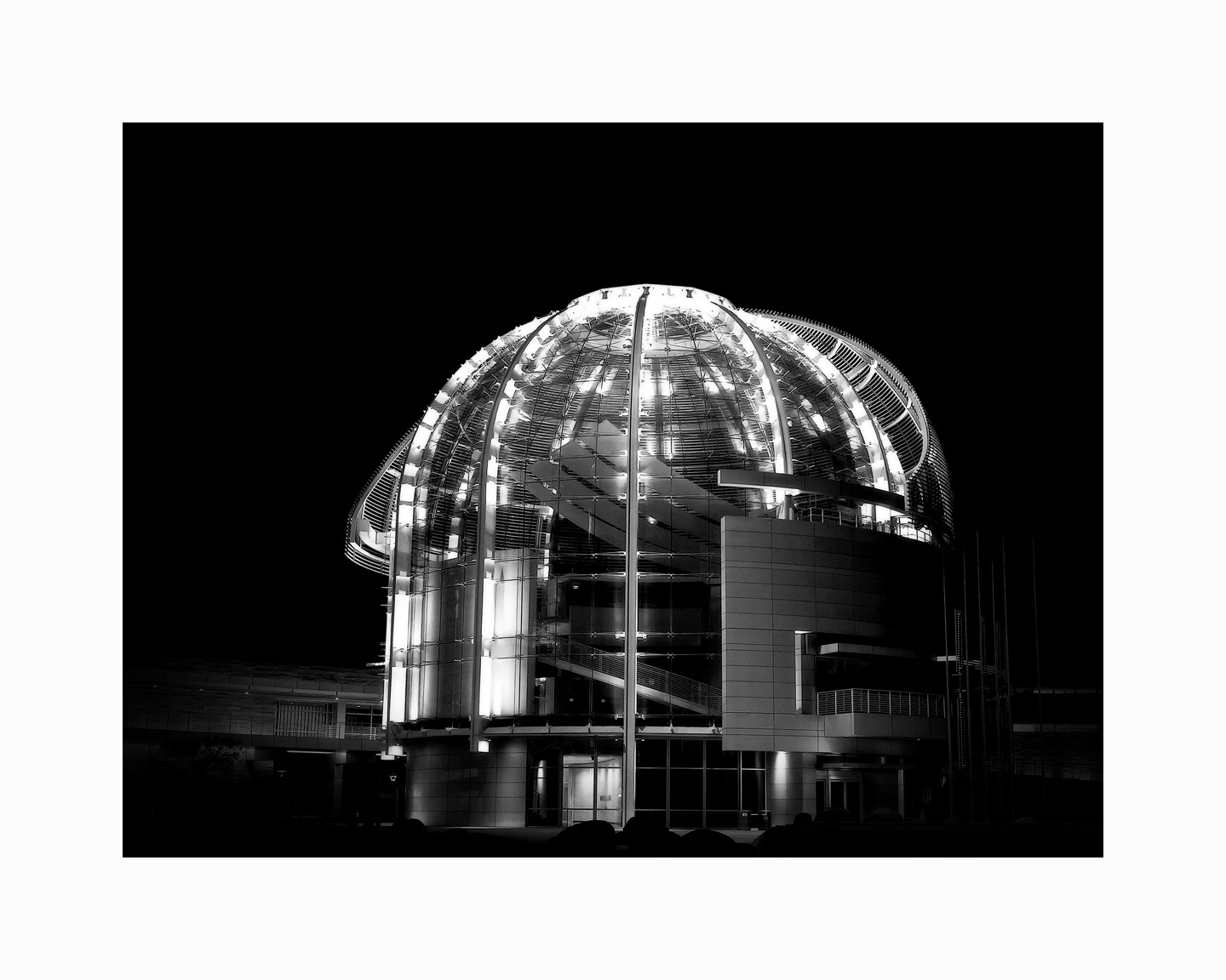 1city_hall___night_2_b_w_16x20jpg
