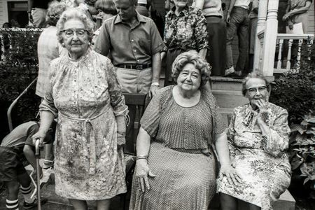 Sisters, Family Reunion, Gay, GA., 1980