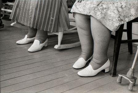 Sisters 3, 1980