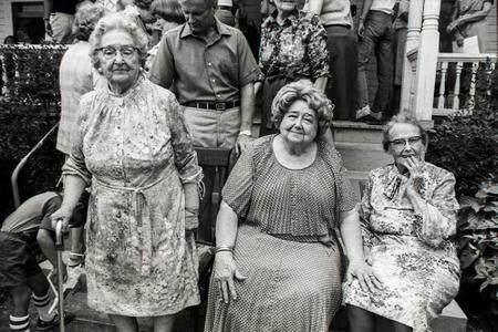 Sisters, Family Reunion, Gay, GA., 1980