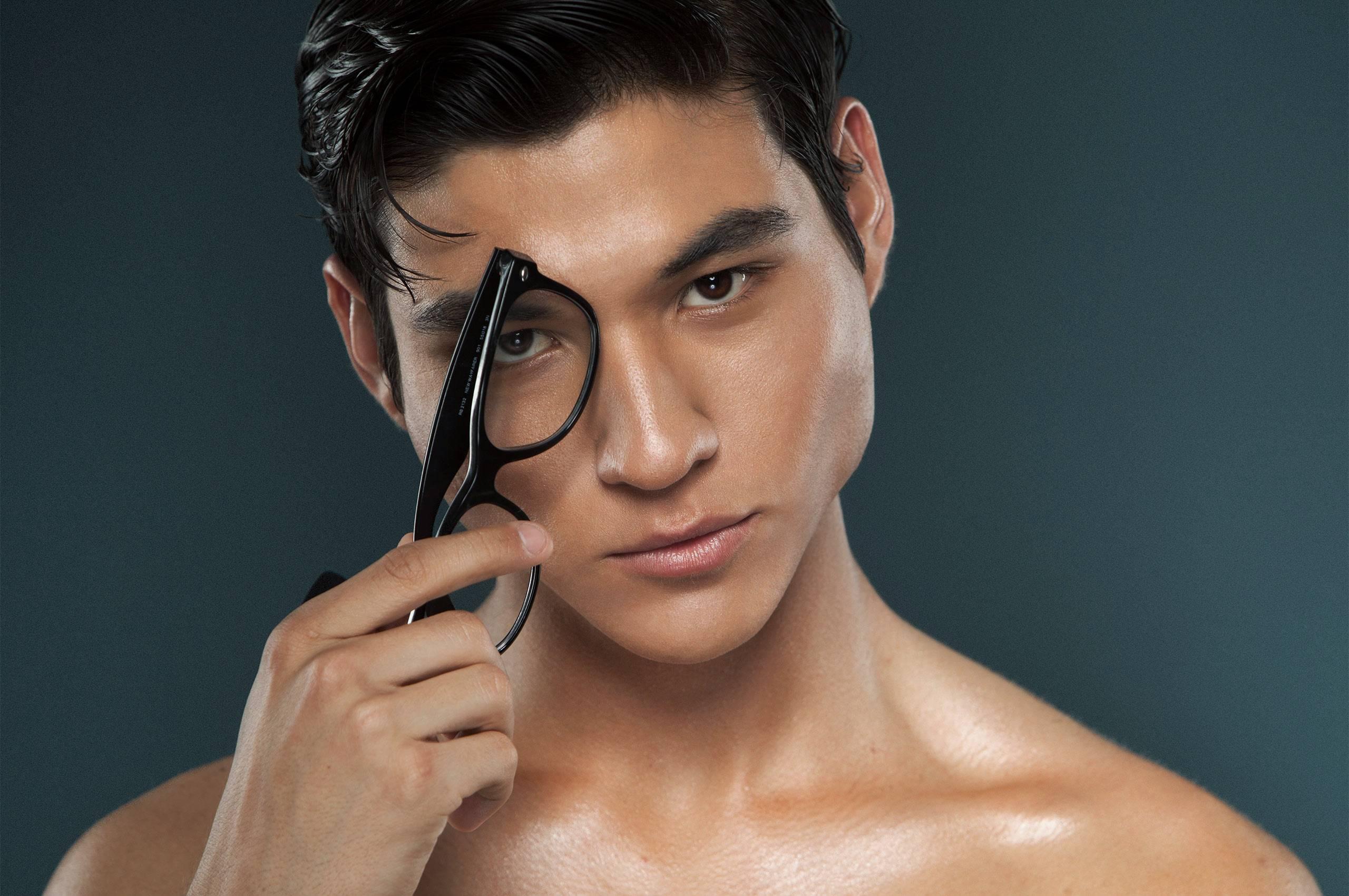 _MG_5991_guy_glasses.jpg