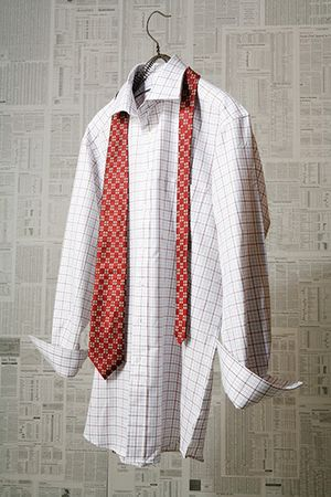 1HF_Newspaper_Shirt_tie_6x10