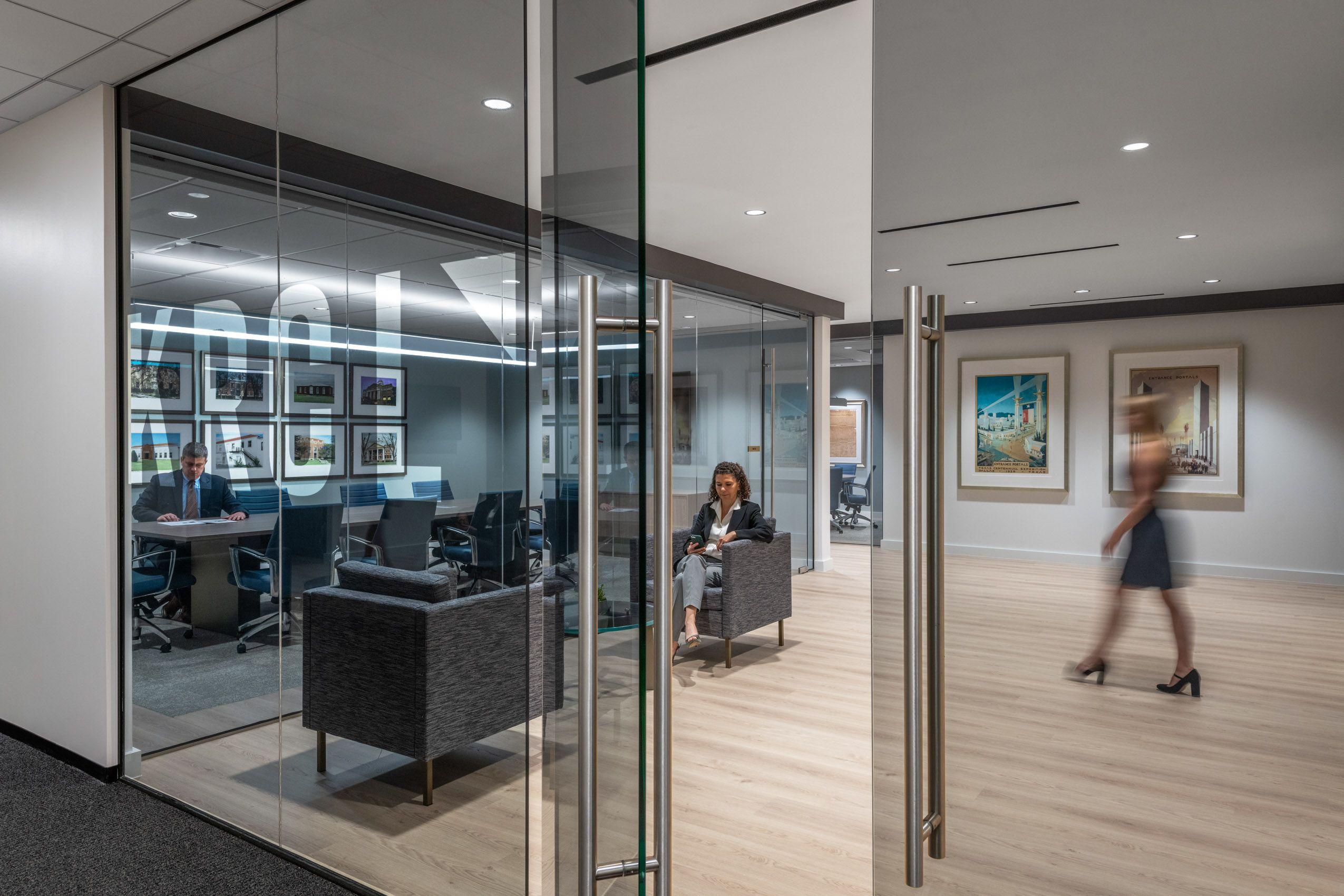 Office (20).jpg